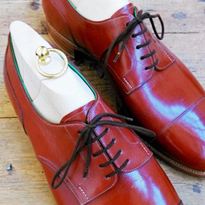 derby shoe detail