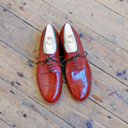 chestnut brown derby shoes
