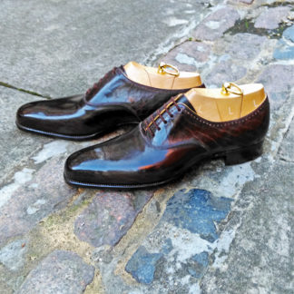 brown custom oxford shoe