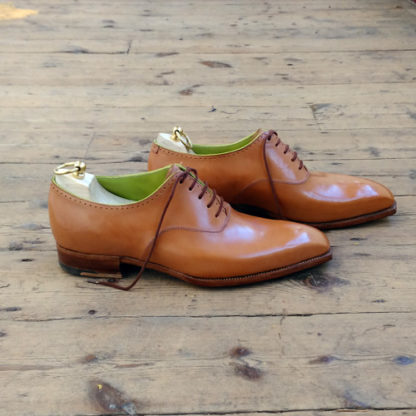 tan oxford shoe
