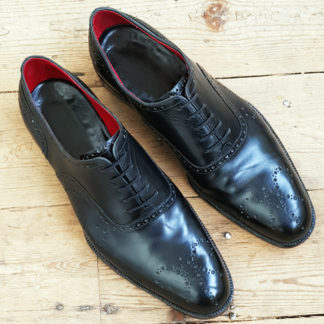 brogue oxford shoe