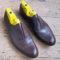 Oxford shoe straight toecap