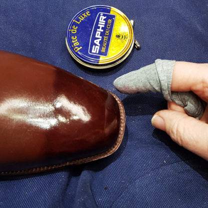 shoe polishing
