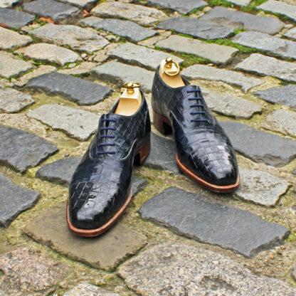 navy men's shoes