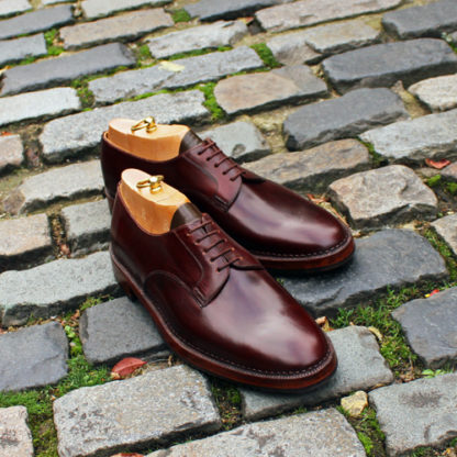 derby shoe with bellows tongue for waterproofing