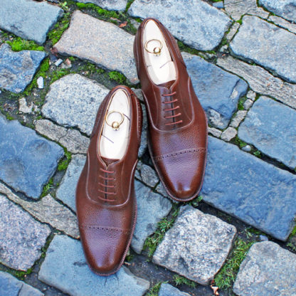 sample oxford shoes with straight toe cap