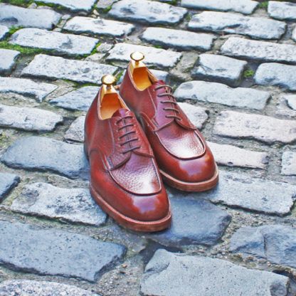 bespoke derby shoes with raised lake in brown grain leather