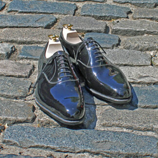 plain fronted patent dress shoes