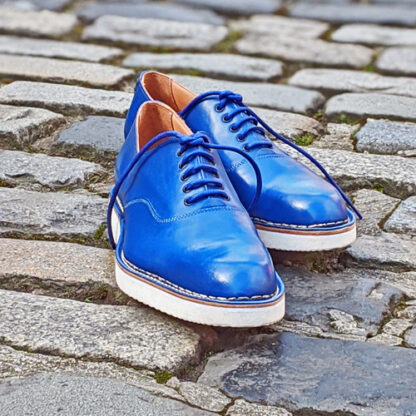 lightweight oxford shoe with white rubber sole