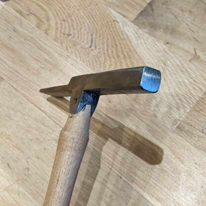 heel hammer for nailing heels