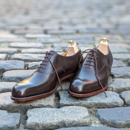 veg tanned oxfords in dark brown leather