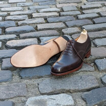 bespoke oxfords with leather sole