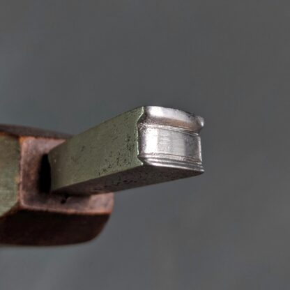 "vintage 3/16"" edge iron with double lip"