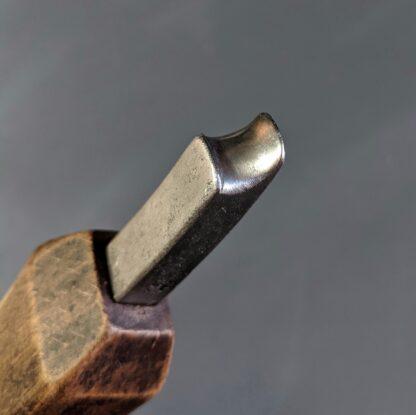 """3/8"""" waist iron shape detail"""