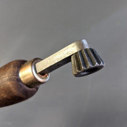 size 7 fudge wwheel head detail